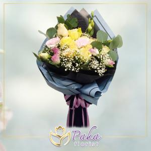ช่อดอกไม้ พลอยเพชรรัตน์ 9 ช่อดอกไม้มีโทนสีขาวสีชมพู สีเหลือง ดอกกุหลาบ ดอกไลเซนทัส ช่อดอกไม้สด พวงหรีด พวงมาลา พวงหรีดดอกไม้สด ร้านดอกไม้สด ขายดอกไม้