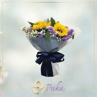 ช่อดอกไม้ พลอยเพชรรัตน์ 15 ช่อดอกไม้มีโทนสีเหลืองจากดอกทานตะวัน ช่อดอกไม้สด พวงหรีด พวงมาลา พวงหรีดดอกไม้สด ร้านดอกไม้สด ขายดอกไม้ pakaflorist